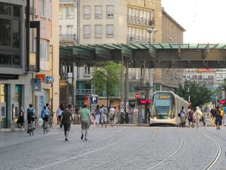 7 Tram Ped