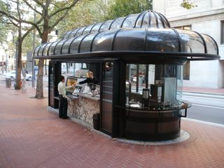 Mall coffee shelter